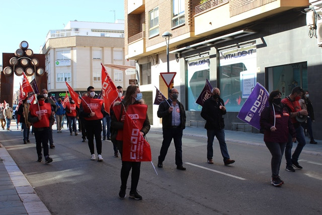 """""""Los trabajadores marchan por la calles de Valdepeñas"""""""