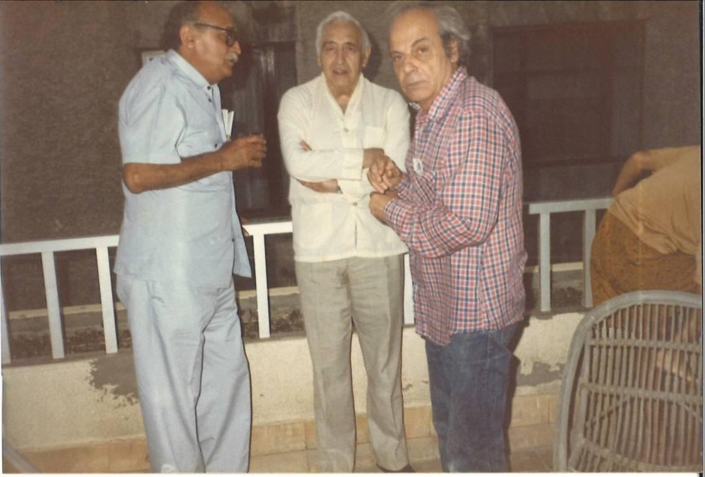 Con Fernando Sagaseta (izda.), compañero de cautiverio en Burgos (1962-1965), y Germán Pires (dcha.), histórico comunista grancanario, en Las Palmas, a finales de los años 70.