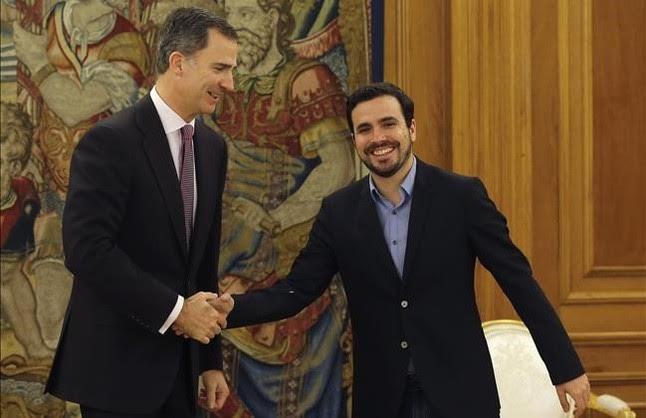 Felipe de Borbón y Alberto Garzón. Fuen El Periódico