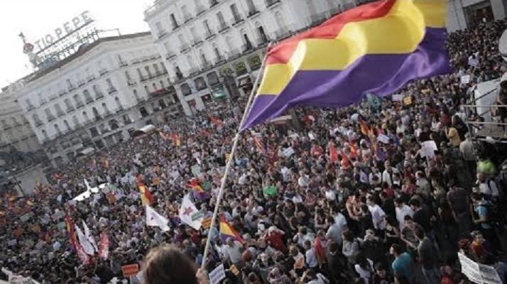 Manifestación en Madrid tras la abdicación de Juan Carlos el 2 de Junio de 2014