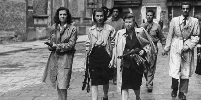 """""""Partisanas en 1945"""". Fuente: Ahora Roma, noticias de Italia en español 25/04/2019"""