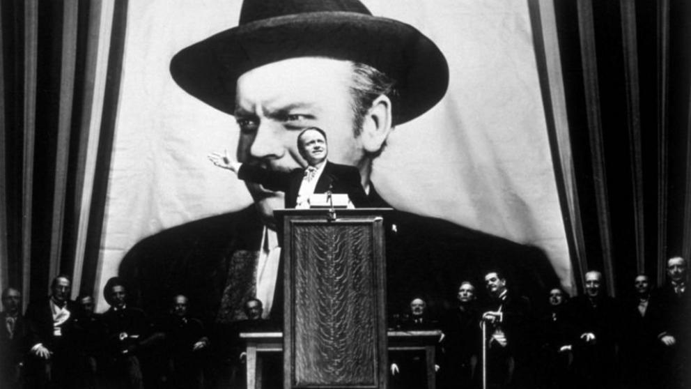 """""""Orson Welles en el papel de Charles Foster Kane"""".  Fuente: La Vanguardia, 06.05.15."""
