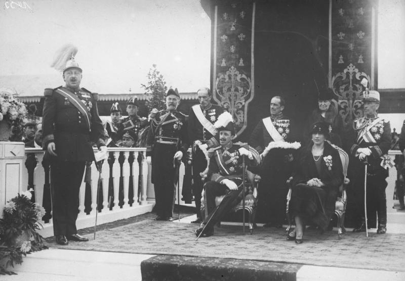 El dictador Primo de Rivera y el bisabuelo de Felipe VI. Fuente: wikimedia.org